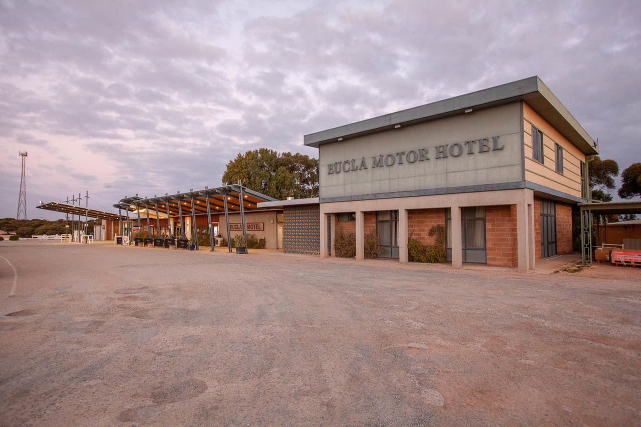 EUCLA MOTOR HOTEL - Accommodation Whitsundays