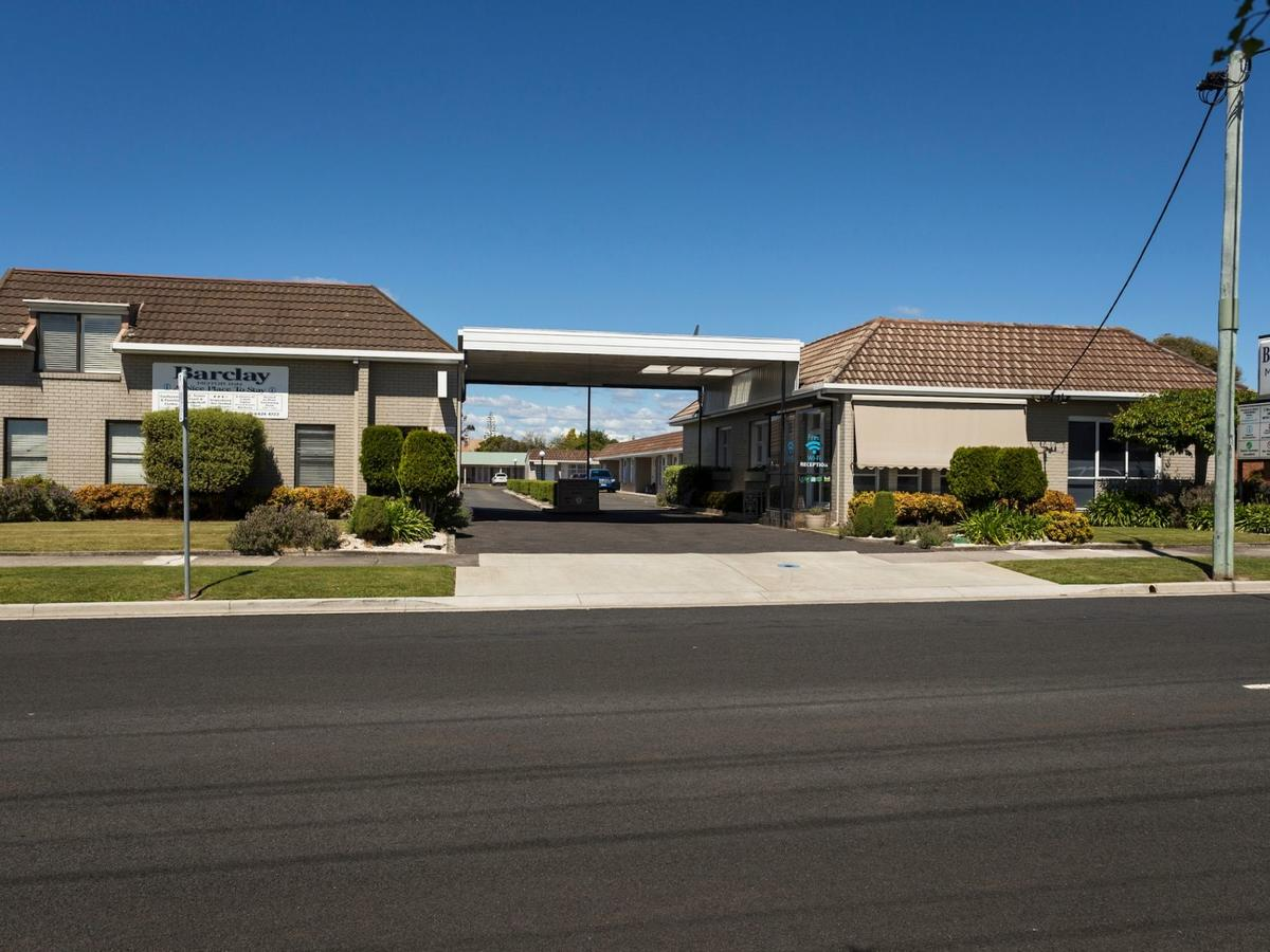 Barclay Motor Inn - Accommodation Whitsundays