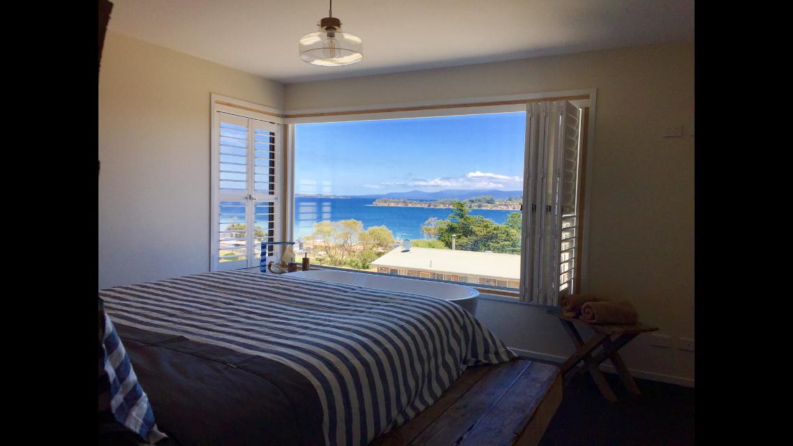 Couples getaway on Bruny Island - Accommodation Whitsundays