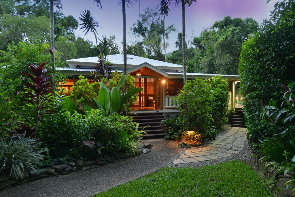 Port Douglas Valley Retreat - Accommodation Whitsundays
