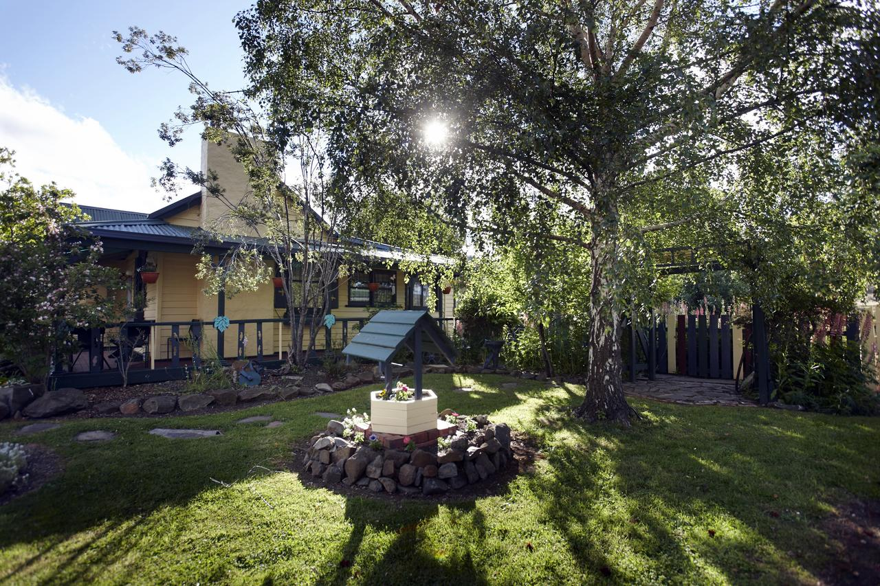 Blue Wren Riverside Cottage - Accommodation Whitsundays