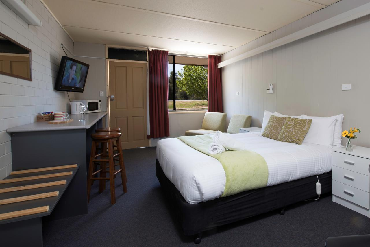 Bridgewater Motel - Accommodation Whitsundays