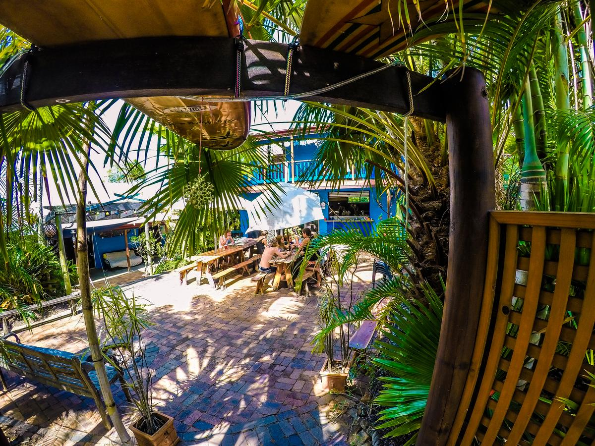 Cool Bananas Backpackers - Accommodation Whitsundays