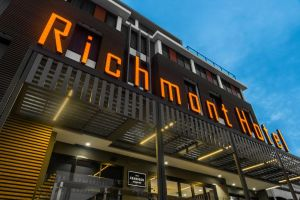 Mantra Richmont Hotel - Accommodation Whitsundays