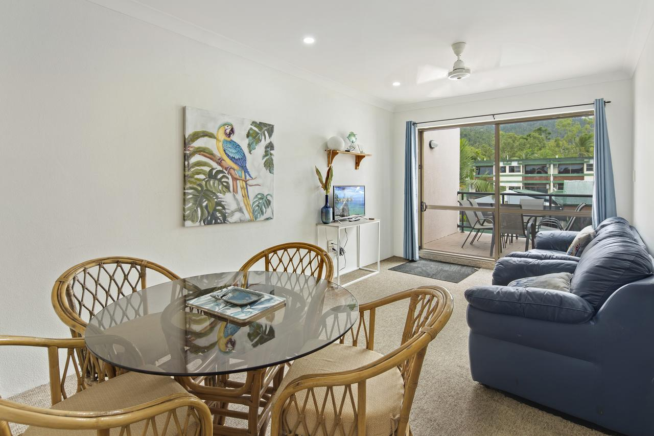 Location! 2BR Town View Unit In Centre Of Airlie. - Accommodation Whitsundays