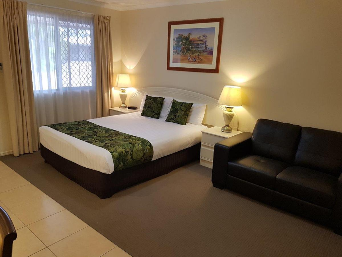 The Palms Motel - Accommodation Whitsundays
