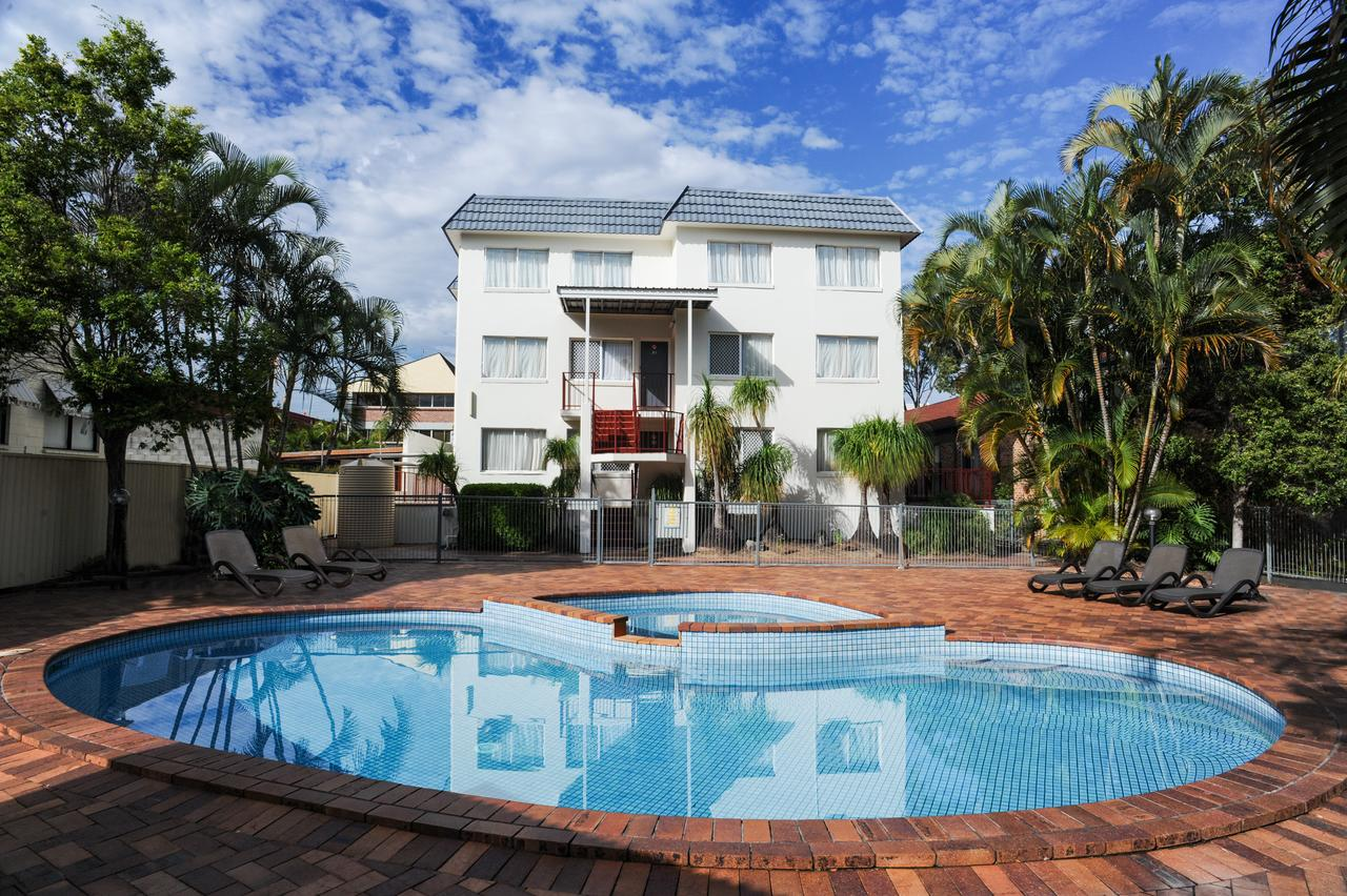 Earls Court Motel  Apartments - Accommodation Whitsundays
