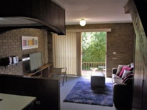 A Furnished Townhouse in Goulburn - Accommodation Whitsundays