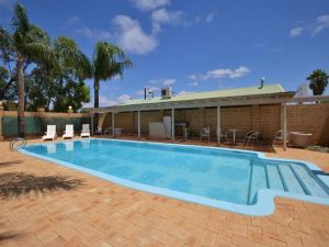 Albion Hotel - Accommodation Whitsundays