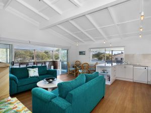 Blue River Apartments - Accommodation Whitsundays